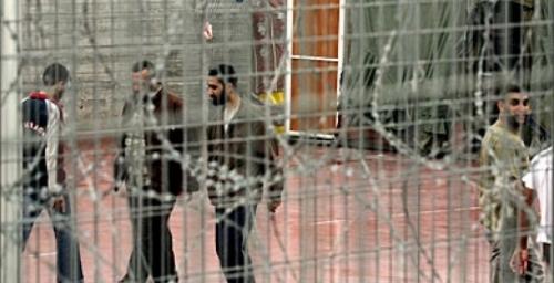 فلسطين|| 2017 عام تشريع جرائم الحرب ضد الأسرى