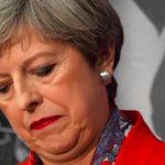"""""""تيريزا ماي"""" اسوأ رئيسة حكومة.. ولايتها علي وشك الأنتهاء ولن يفتقدها أحد"""