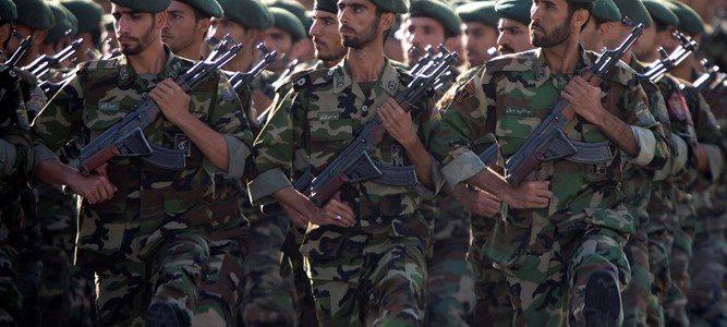 قناة عبرية: إيران تقيم قاعدة عسكرية دائمة في سوريا