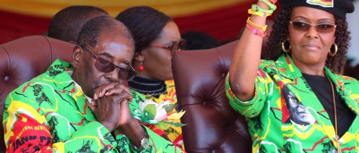 زوجة روبرت موجابي تدفع الجيش للانقلاب عليه..اعتقال أقدم رئيس في أفريقيا والعالم