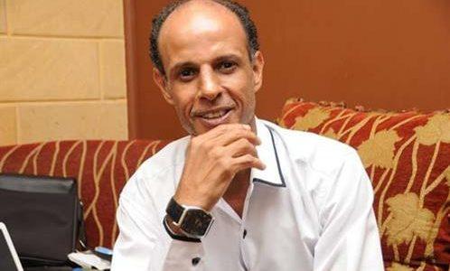حسين عبدالرحيم .. يروي حكايات السمسمية