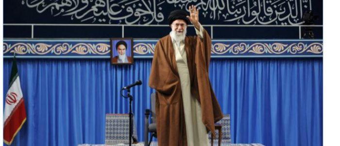 خامنئي: الولايات المتحدة العدو الأول لإيران