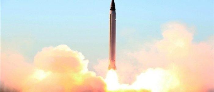 إيران تحيي ذكرى احتلال السفارة الأمريكية باستعراض صاروخي