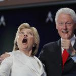 بيل كلينتون متهم بالاعتداء الجنسي على 4 سيدات وخيانة زوجته هيلاري