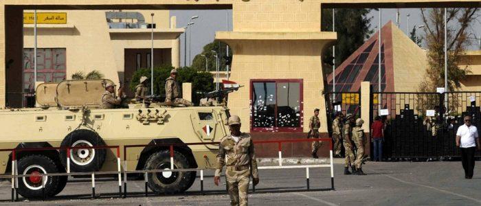 أهالي غزة يعبرون عن حبهم وشكرهم لمصر وللرئيس السيسي