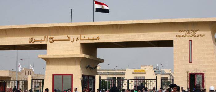 السفير اللوح يشكر الرئيس السيسي لقرار فتح معبر رفح طوال رمضان