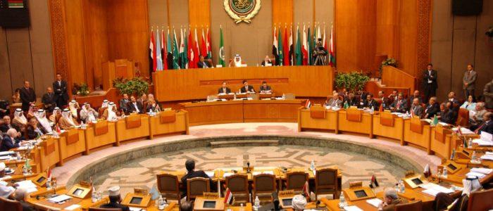 وزراء خارجية عرب يقدمون أدلة على جرائم إيران.. تتضمن صواريخ وشبكات تخريب وتجسس