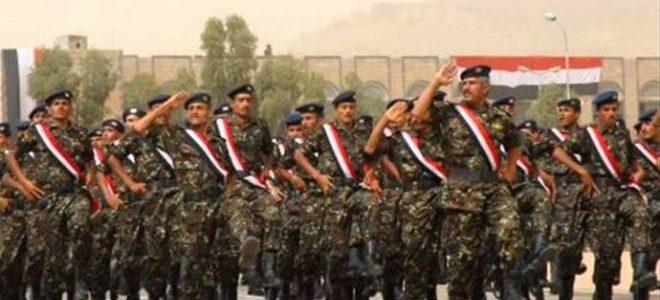 الجيش اليمني يعلن قرب سيطرة قوات التحالف العربي على مطار الحديدة