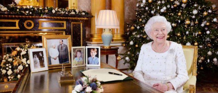 الملكة اليزابيث توجه تحية لضحايا الإرهاب ولزوجها في رسالة عيد الميلاد