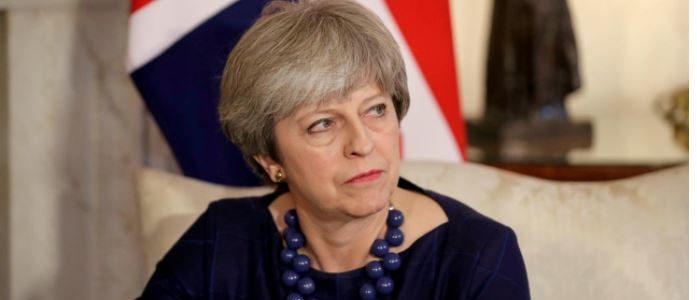 احباط مؤامرة لاغتيال تيريزا ماي في بريطانيا