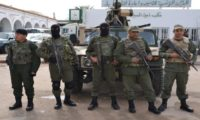 تونس: مقتل شخص هاجم مركزا حدوديا مع الجزائر بجرافة