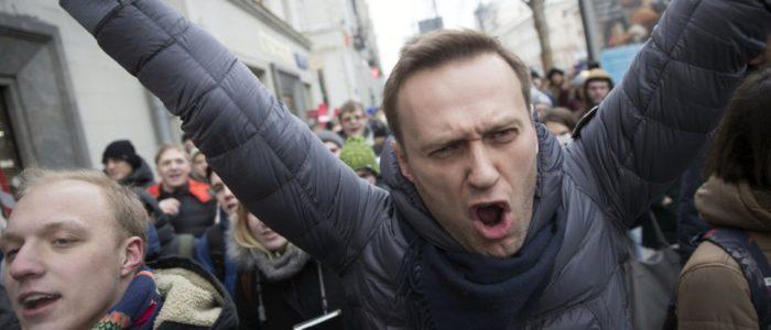 اعتقال زعيم المعارضة الروسية وسط احتجاجات انتخابية