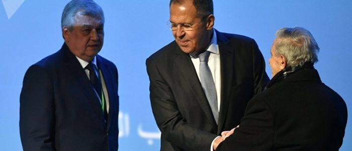 لافروف يؤكد حق الشعب السوري في تقرير مصيره خلال مؤتمر سوتشي