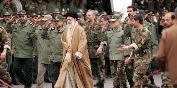 النظام الإيراني يستعين بمرتزقة عراقيين وأفغان لقمع الاحتجاجات..الحرس الثوري نزل للشارع بعد فشل الشرطة