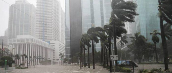 الطقس ينتقم من أمريكا..الكوارث الطبيعية كلفتها 306 مليار دولار في 2017