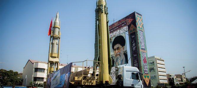 الأقمار الصناعية تكشف قاعدة صواريخ جديدة لإيران في سوريا