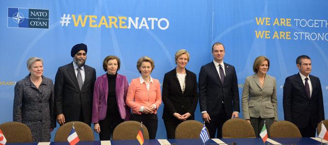 الناتو يطالب روسيا الأمتثال للمعايير الدولية لاستئناف التعاون