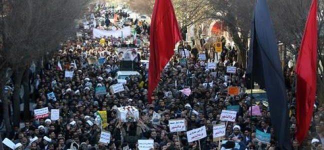 النظام الإيراني يواجه تحديا جديدا مع الصوفيين