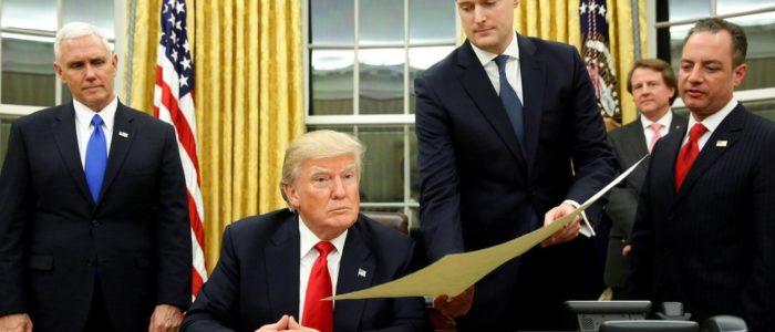 استقالة مسؤول بالبيت الأبيض لأدعاءات ضرب زوجتيه السابقتان