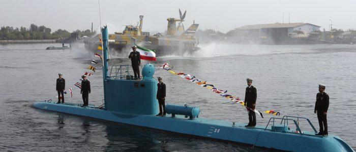 إيران تبني غواصات نووية تحدياً للولايات المتحدة