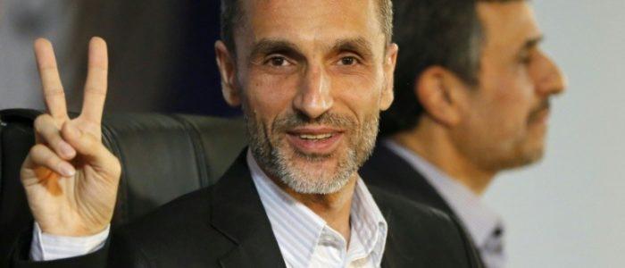 """احمدي نجاد يقول ان حليفه مضرب عن الطعام منذ اعتقاله """"الظالم"""""""