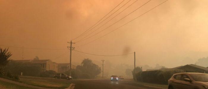 حرائق تدمر عشرات المنازل في استراليا