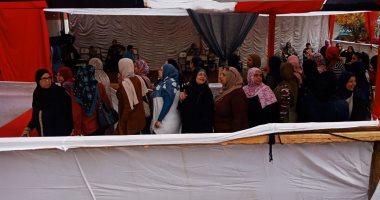 حشود نسائية أمام لجان الانتخابات فى ثالث أيام التصويت بشبرا