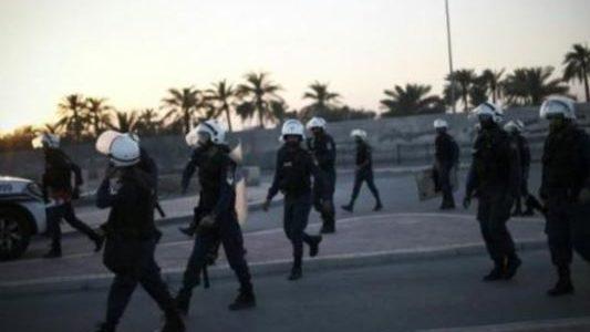 ناشط في المنفى يتهم البحرين باضطهاد أقاربه