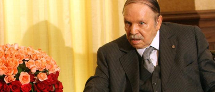 الرئيس الجزائري يتحدث عن المخاطر التي تحيط بحدود بلاده