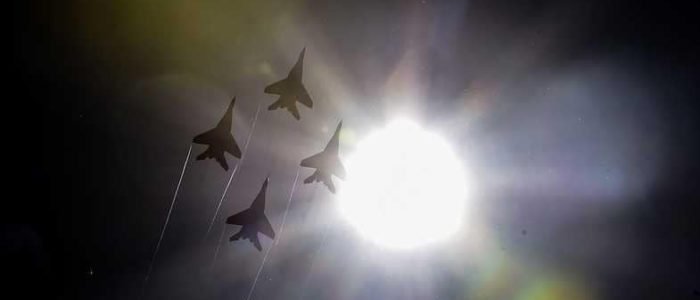 القوات الروسية تتحدى أمريكا على الحدود
