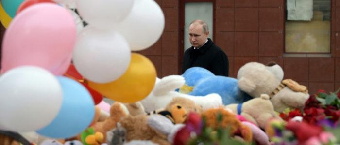 """41 طفلا بين ضحايا حريق المركز التجاري في سيبيريا وبوتين يندد ب""""اهمال اجرامي"""""""