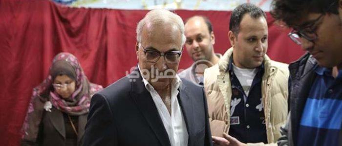بالفيديو.. شفيق يدلي بصوته في القاهرة الجديدة