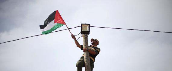 """مسيرات """"العودة وكسر الحصار"""" الفلسطينية تفزع إسرائيل"""