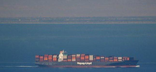 قناة السويس الجديدة تشهد العبور الأول لثاني أكبر سفينة حاويات بالعالم