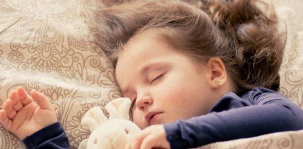 النوم يقوي الذاكرة وتحسين قدرات التعلم