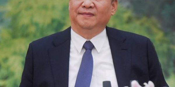 """شي جين بينج يسعى لضم المزيد من الدول لخطة """"طرق الحرير الجديدة"""""""