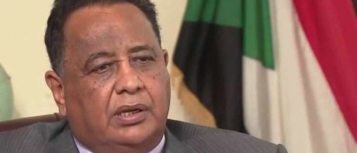 الرئيس السوداني يعفي وزير الخارجية إبراهيم الغندور من منصبه