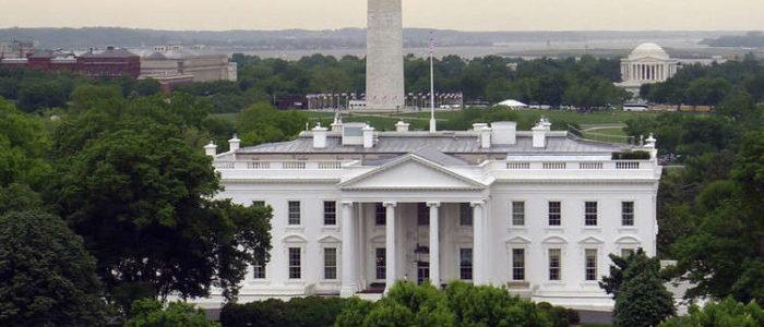 واشنطن تدفع حلفاءها لوقف استيراد النفط من إيران