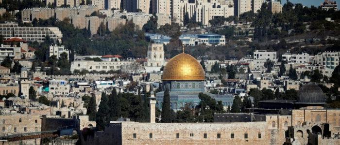 إسرائيل تعتقل محافظ القدس وأكثر من 20 فلسطينيا