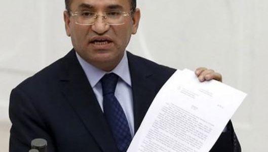 تركيا: اليونان تنتهك القانون الدولي بعدم تسليم المشتبه بضلوعهم في الانقلاب