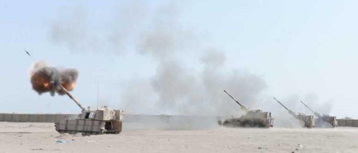 مقتل 5 وإصابة 22 في هجوم صاروخي للحوثيين على مدينة مأرب باليمن