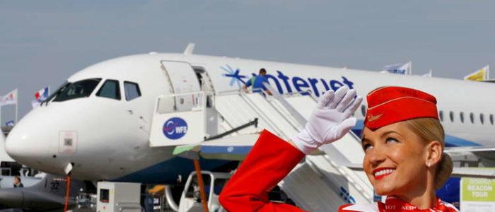"""""""سوخوي"""" الروسية تبرم اتفاقا لتوريد 40 طائرة مدنية لصالح شركتين إيرانيتين"""