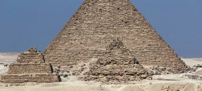 الجارديان: مصر تحمي صناعة السياحة بقانون جديد
