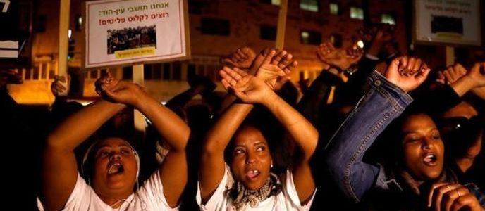 إسرائيل تقول إنها تخلت عن خطة للترحيل القسري لمهاجرين أفارقة
