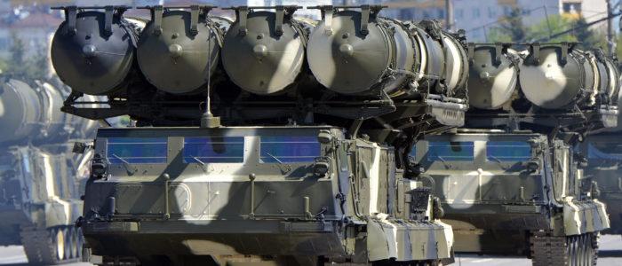 بلومبرج: روسيا ستمد سوريا بأقوي الدفاعات الجوية مع ترقب إسرائيلي