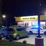 أمريكي يدخل المطعم عارياً  ويقتل 4 أشخاص