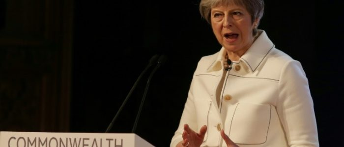 """ماى تعلن إبرام بريطانيا أول اتفاق تجارى عقب """"بريكست"""" خلال جولتها الأفريقية"""