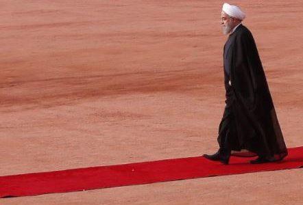 روحاني: الشعب الإيراني لن يستسلم أمام مؤامرات أمريكا