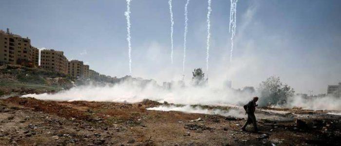 استشهاد شاب فلسطيني في غزة متأثرا بإصابته بقنبلة غاز إسرائيلية