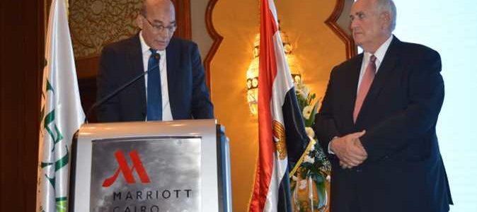 «البنا» يستعرض جهود وزارة الزراعة لفتح أسواق جديدة للصادرات المصرية